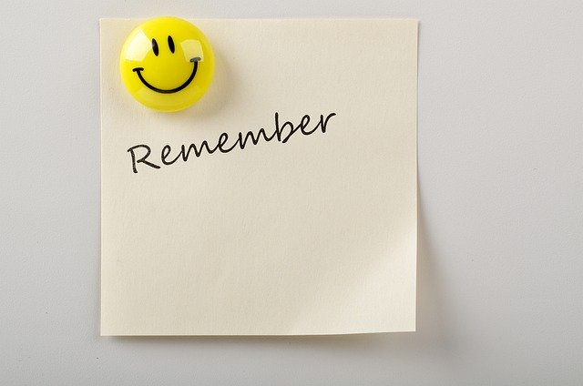 remember-written-on-a-sticky-note-with-a-emoji-attached