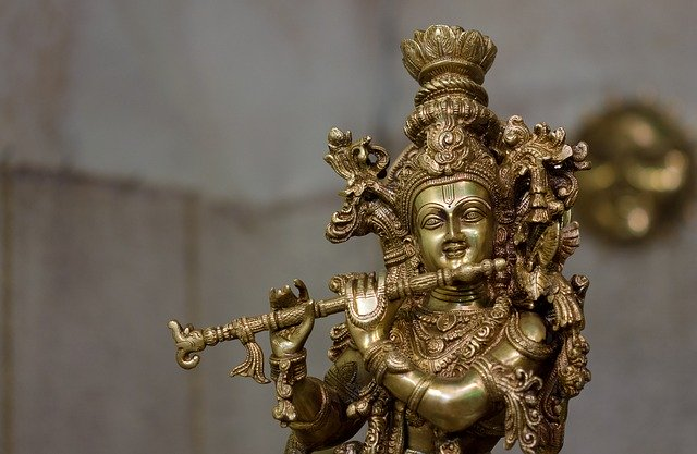 lord-krishna-idol