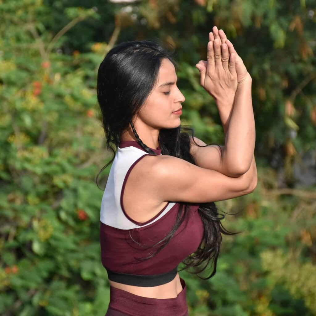 Priyanka-singh-practicing-yoga